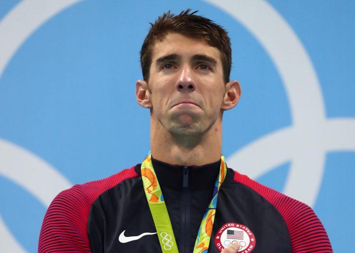 phelps-emotion-crying-gold-medal-podium-rio