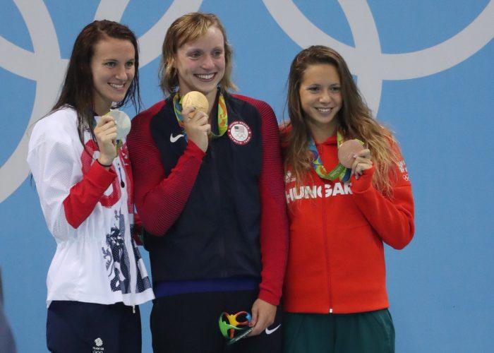podium-800-freestyle-ledecky-carlin-kapas-rio
