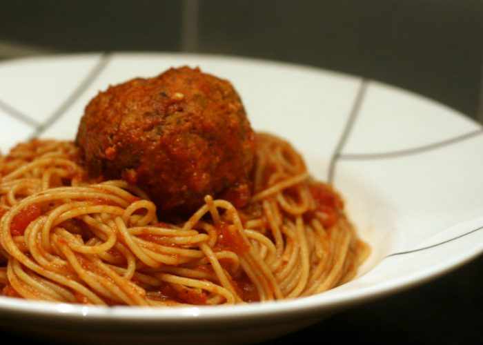 spaghetti-and-meatballs-food-nutrition
