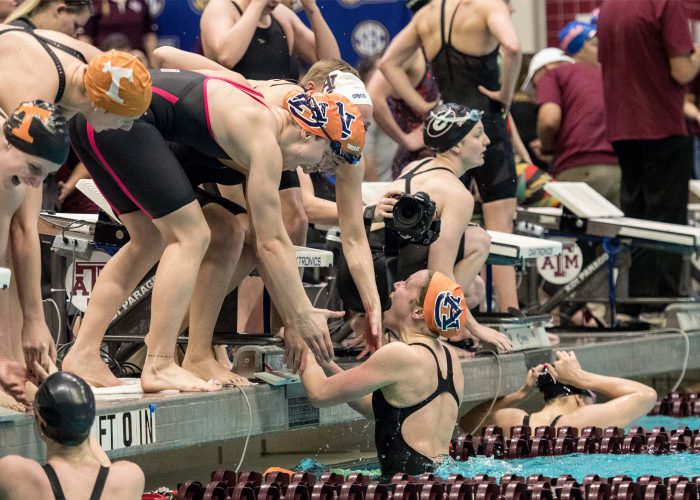 auburn-women-relay-celebrate-400-free-relay-sec-championships