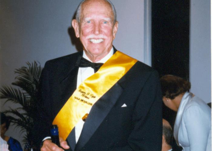 tiger-holmes-gold-medalion