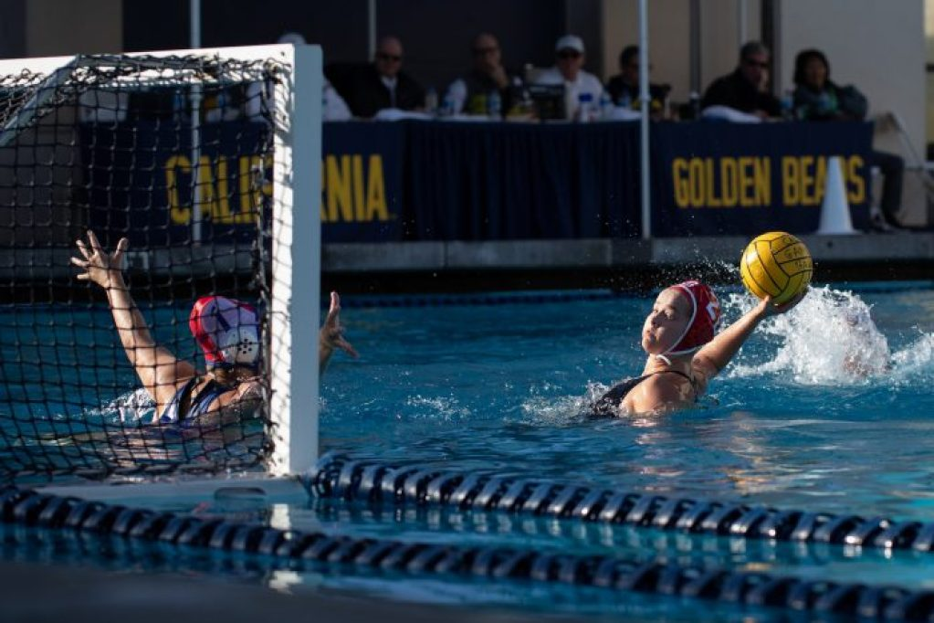 January 27, 2019; Spieker Aquatics Complex, Berkeley, CA, USA; Collegiate Women's Water Polo:Cal Cup: Stanford University Cardinals vs San Jose State University Spartans; Stanford Driver Ryann Neushul shoots on San Jose StatePhoto credit: Catharyn Hayne