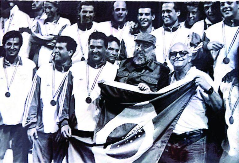 brazil-water-polo-medal-celebration-1991-cuba-bronze