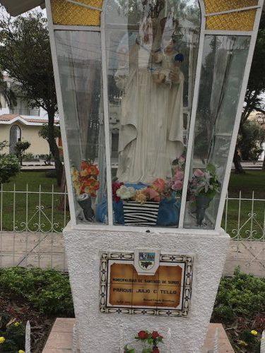peru-monument-aug19
