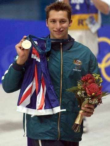 SYDOLY IAN THORPE WITH FLAG