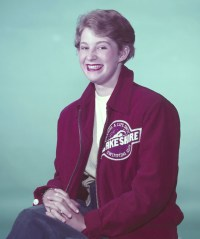 marilyn-bell-in-lake-shore-jacket-ishof