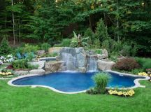 Lawn care tips for swimming pool owners - SwimRight Pool ...