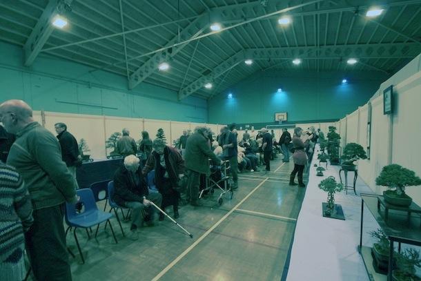 Main hall visitors_1