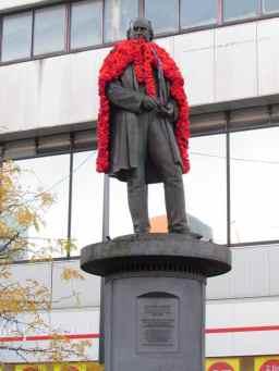 Brunel in his poppy cloak