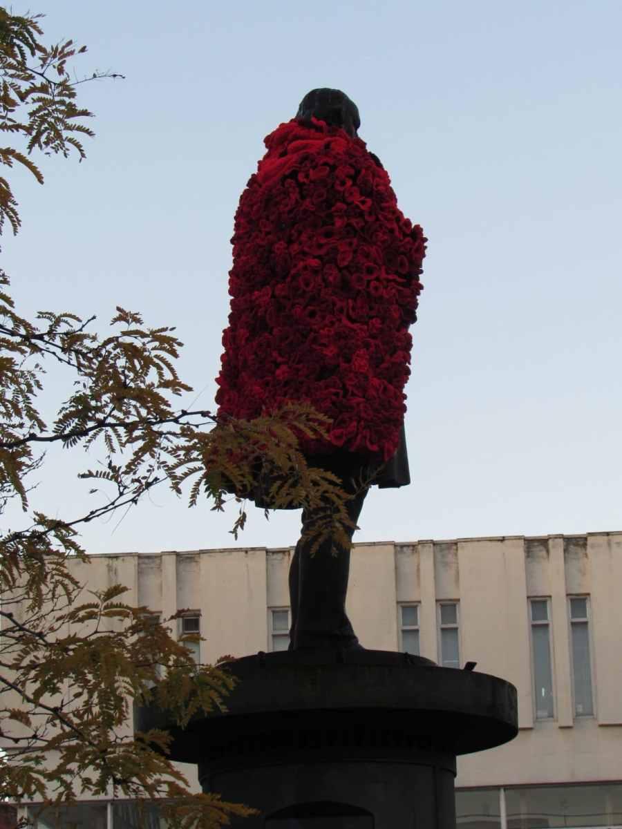 Rear view of Brunel poppy cloak