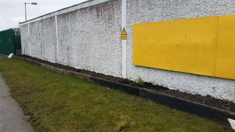 Swinford ESB wall flowerbed-20160319_112313