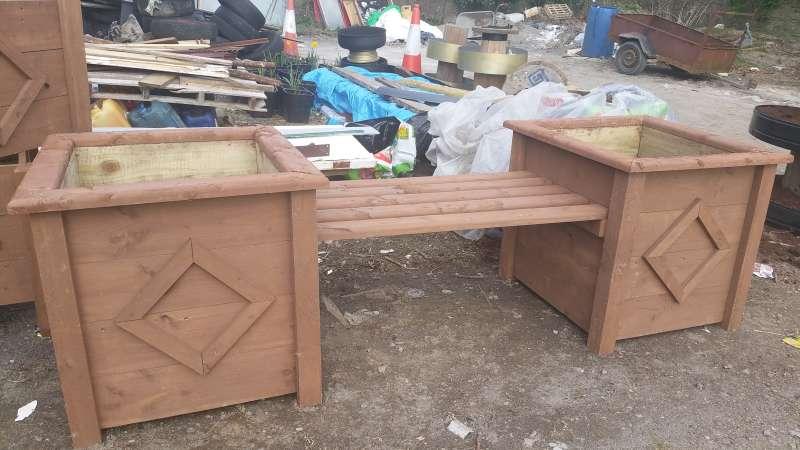 swinford-playground-planters-20160323_141151