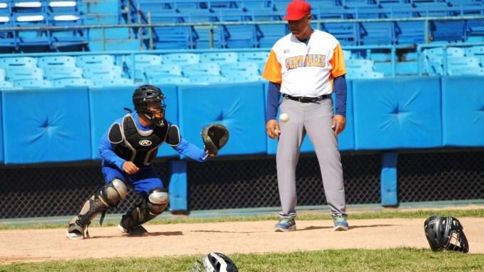 Reflexiones Tiene Oficio El Beisbol Cubano Swingcompleto