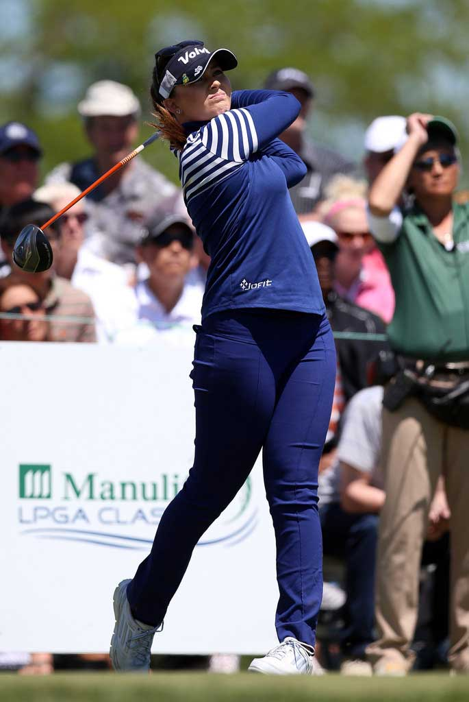 Victoria-Elizabeth-LPGA-Swing-Fit-Golf-Club