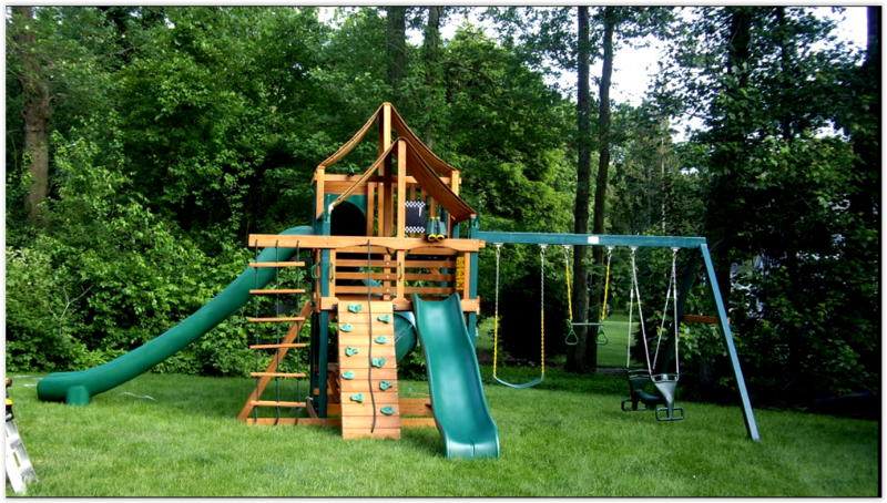Gorilla-swing-set-installer-04-28