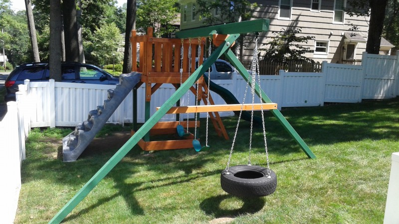 custom-swing-set-005