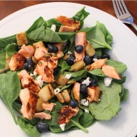 Blueberry & Pear Spinach Salmon Salad