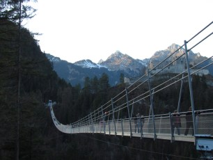 SWISSROPE - Hängebrücke highline179.com
