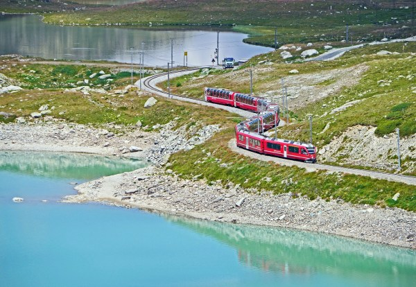 bernina-pass-1272822_1280