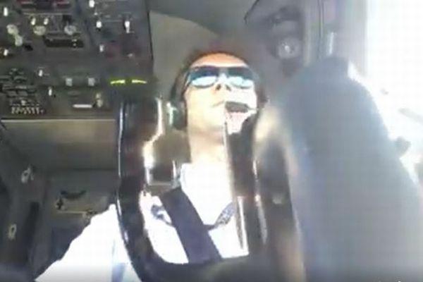 強風で難しい着陸を強いられるパイロット、操縦する自らの姿をとらえた映像を公開