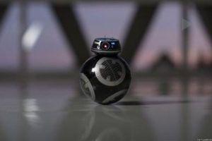 『スターウォーズ8』に登場する新キャラクター、「BB9E」のおもちゃが発売