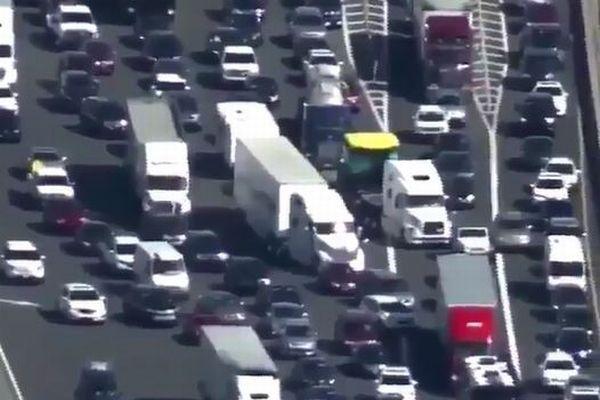 まるで民族大移動!ハリケーン「イルマ」の接近で560万人がフロリダから避難