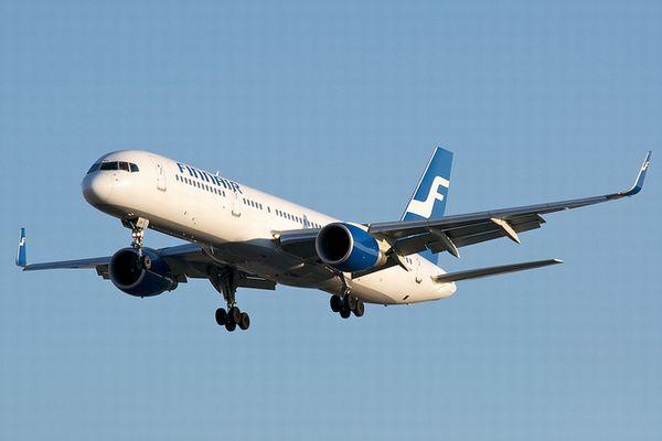 13日の金曜日に666便の旅客機が「地獄(Hel)」に向かって飛行、無事到着する