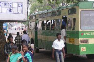 靴下の臭いをめぐり、口論となったバスの乗客が逮捕される