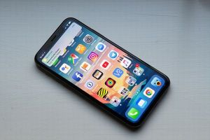 アップルが古い機種のスマホの速度低下を認め、複数の訴訟が起こされる