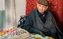 世界最高齢のスペイン人男性、113歳で死去
