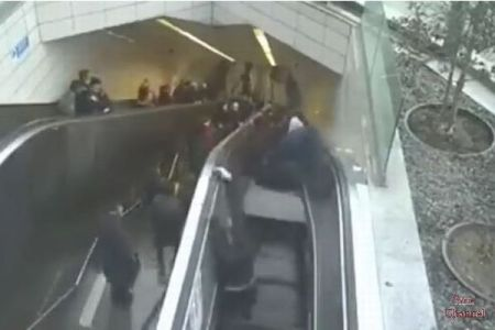 トルコの地下鉄でエスカレーターが崩落、男性が飲み込まれる動画が恐ろしい
