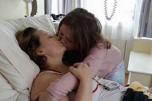 死にゆく母と1人残された娘、1枚の写真に込められた2人の思いが切ない