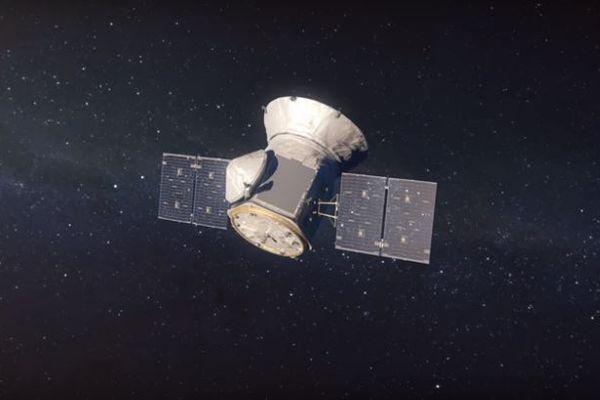 新型宇宙望遠鏡「TESS」が撮影に成功、20万個の星の画像を地球へ送る