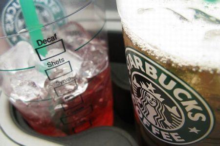 スタバが全店でプラスチック製ストローを廃止へ、2020年まで段階的に