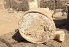 エジプトにある紀元前13世紀のお墓から、壺に入った最古のチーズが発見される