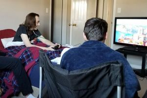 末期がん患者の若者に発売前の新作ゲームを!SNSで支援が拡大し夢が叶う