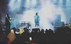 インドネシアで発生した津波、コンサート会場を飲み込む動画が恐ろしい