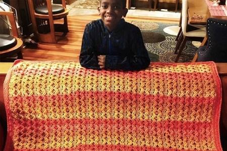 かぎ針編みの天才少年!ビジネスを成功させ、母国も支援する11歳がすごい
