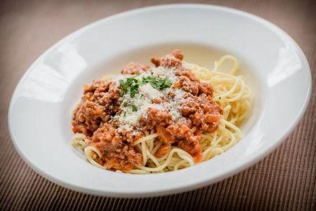 「スパゲッティ・ボロネーゼは存在しない!」ボローニャ市長が大胆発言