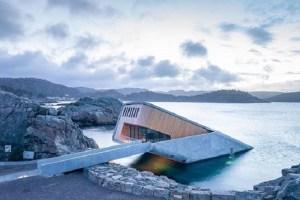 欧州初の水中レストランがついにオープン!気になるその内部とは?