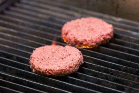 米で植物から作られた「肉」の売上が上昇、多くの人々の支持を得る
