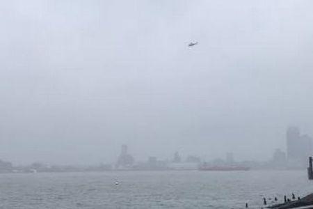 NY中心部のビルにヘリが墜落、建物が揺れ、多くの人々が避難【動画】