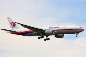 乗客は機内で窒息死していた?マレーシア航空機墜落で専門家が新たな見解を示す