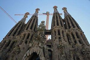 サグラダ・ファミリア、着工から137年ぶりに正式な建築許可が下りる