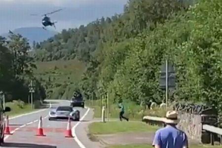 旅行者が『007』の撮影現場に遭遇、新しいボンド・カーを偶然撮影