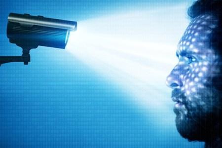 顔認識システムで犯人捜索、特定された8割が無実の人だったという調査結果