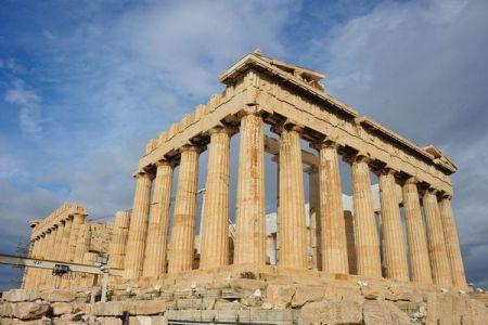 暑すぎて危険!ギリシャで熱波のためアクロポリスが一時入場禁止へ