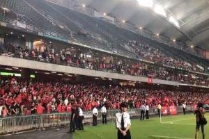 サッカーW杯予選で香港サポーターが中国国歌に大ブーイング【動画】