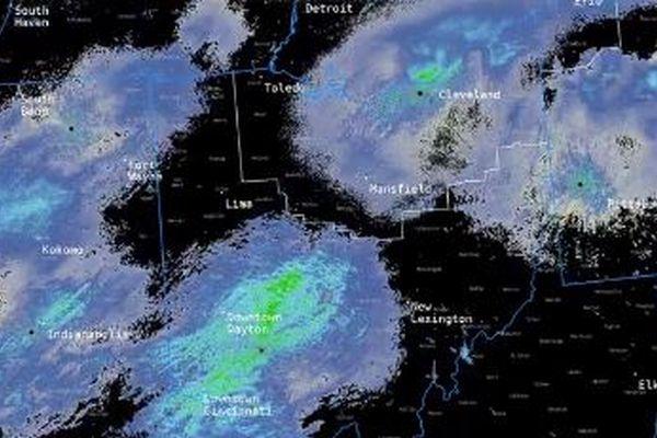 米の気象レーダーがとらえたもの、実は巨大なトンボの群れだった!