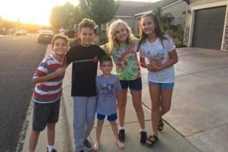 「小さな刑事さん」行方不明になった認知症の女性を、5人の子供たちが捜索し発見